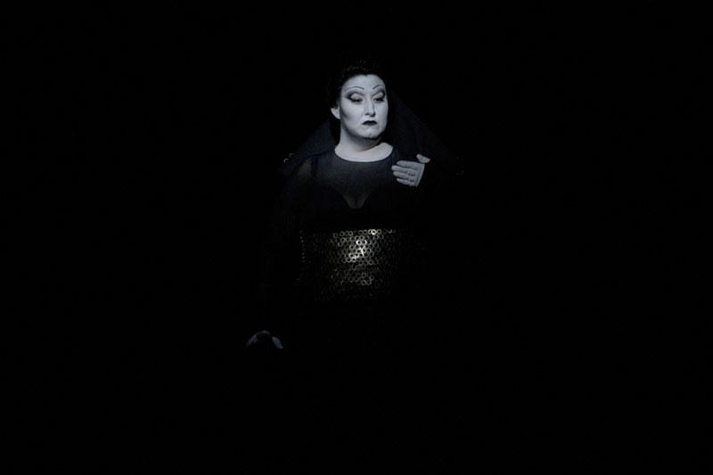 Anna Pirozzi (Lady Macbeth) - foto di Rocco Casaluci