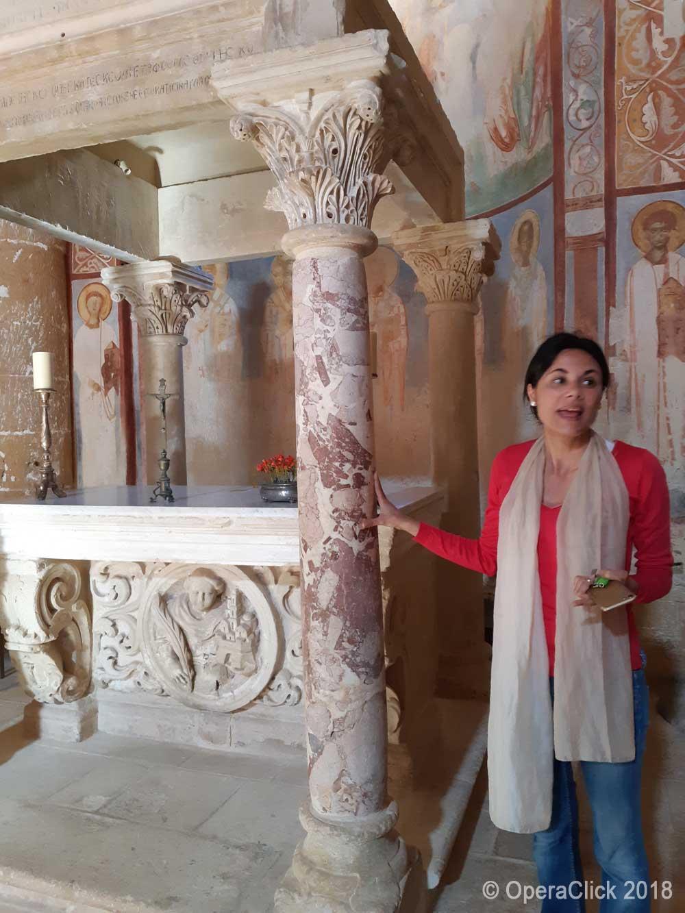 Loretta Martella descrive gli interni dell'Abbazia di S.Maria di Cerrate